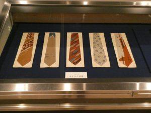 ネクタイ図案